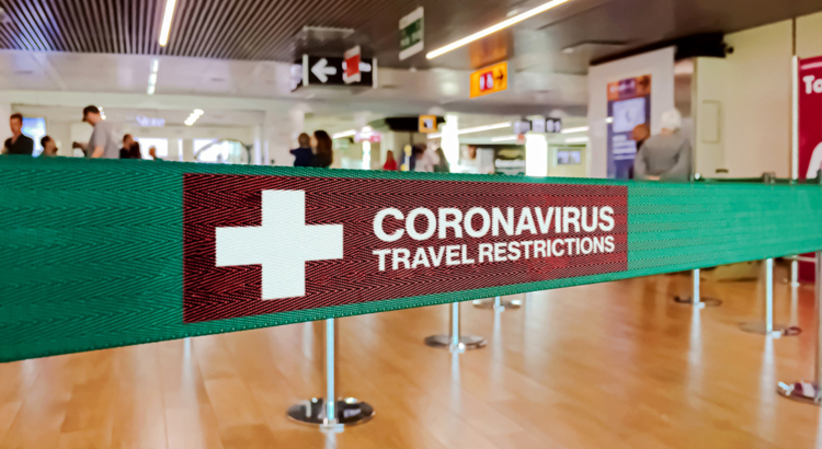 Flughafen Travel Restrictions Corona Foto iStock rarrarorro.jpg